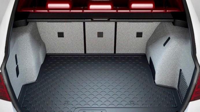 Rubber car boot liner carpets